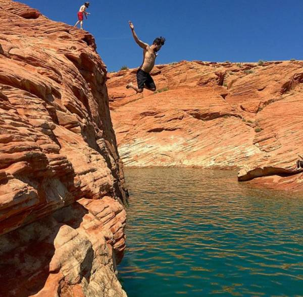 Jumping the cliffs at the reservior